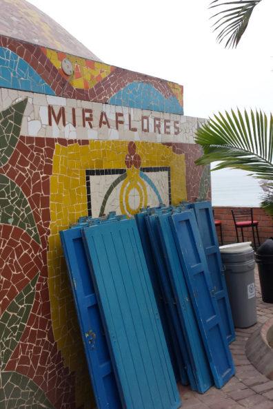 Miraflores doors