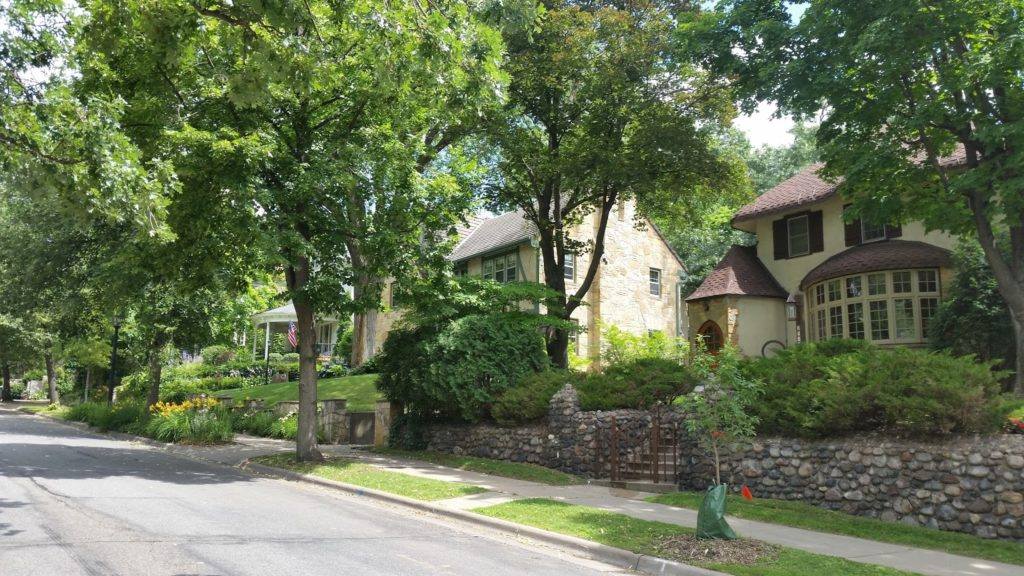 Minneapolis rich area