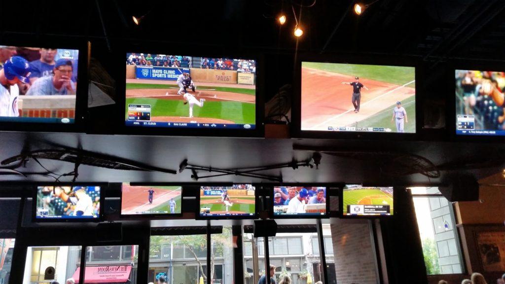 Minneapolis sports bar
