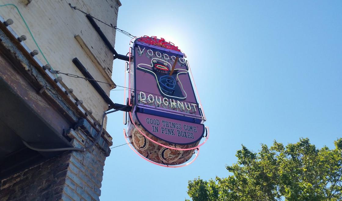 Voodoo Donuts sign