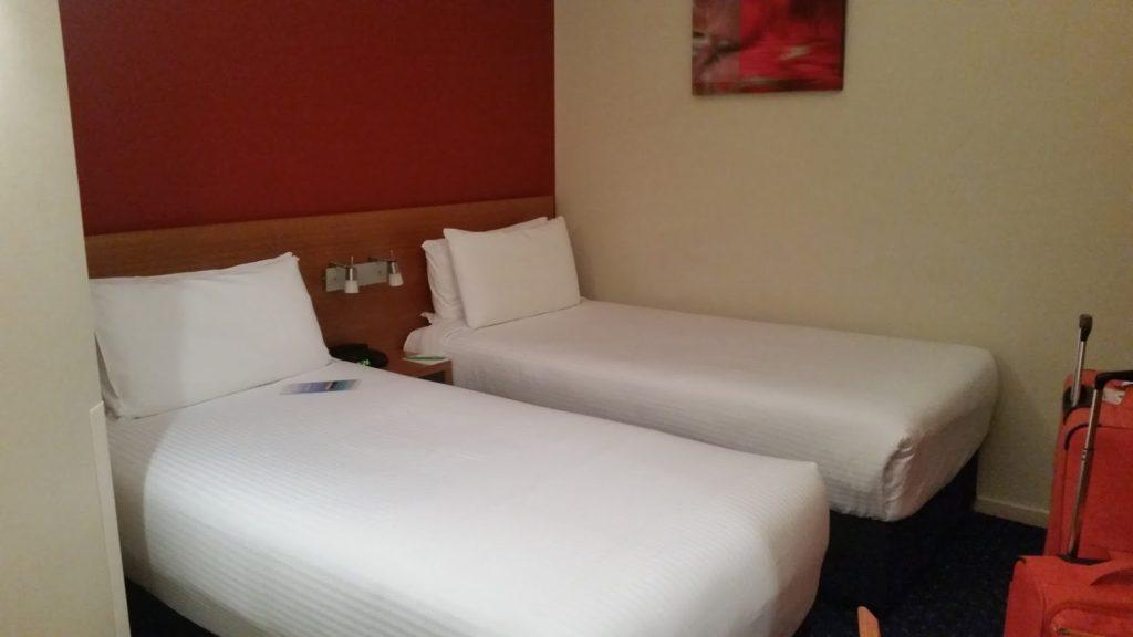 Melbourne hotel room