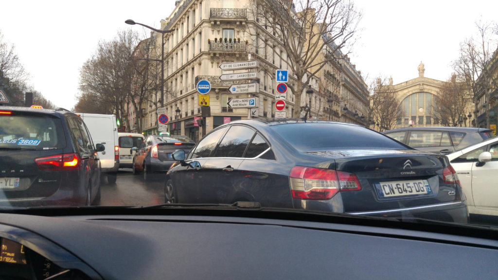 Driving in Paris - Gare du Nord