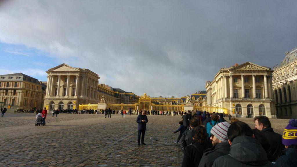 Palace of Versailles queue
