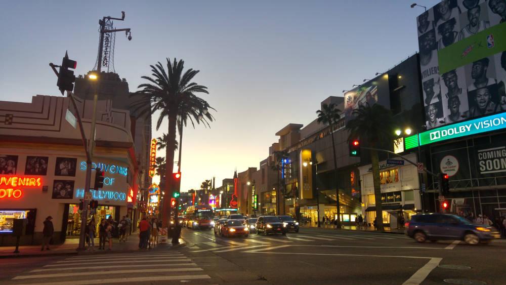 Hollywood Highlands at night