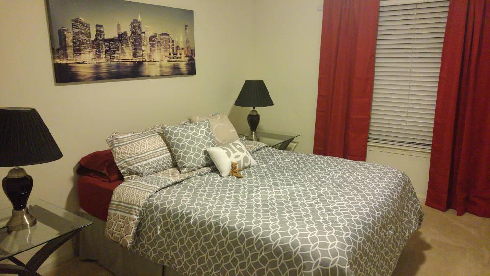 Orlando apartment bedroom