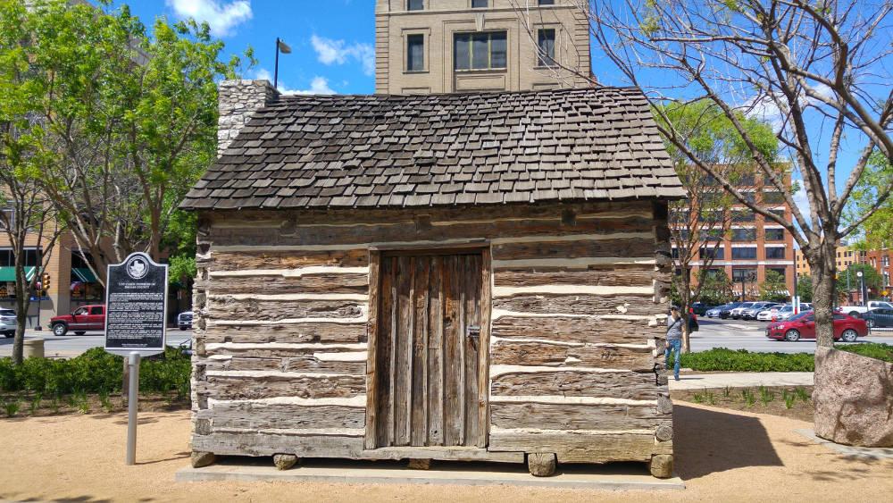 Dallas cabin