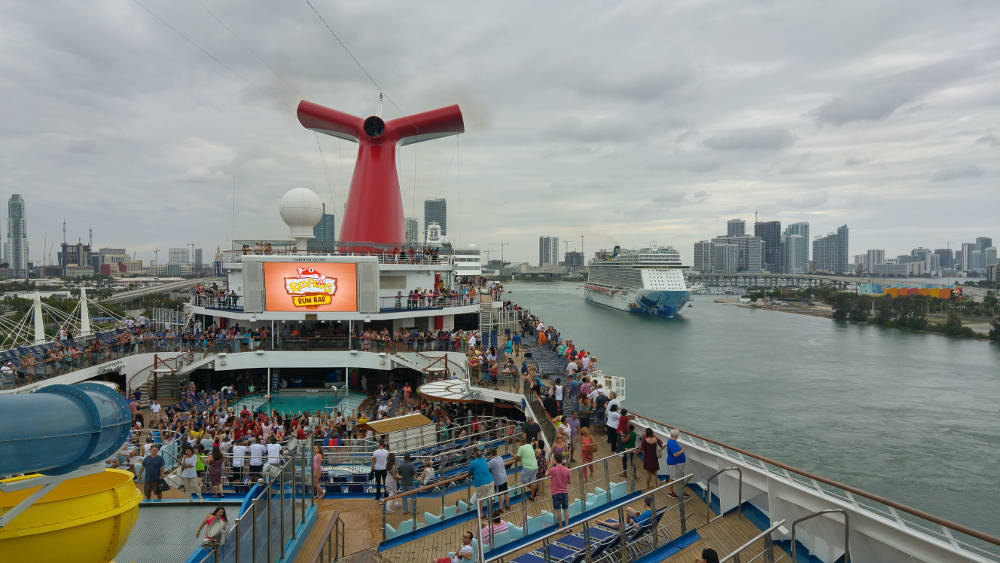 Ship sail away party