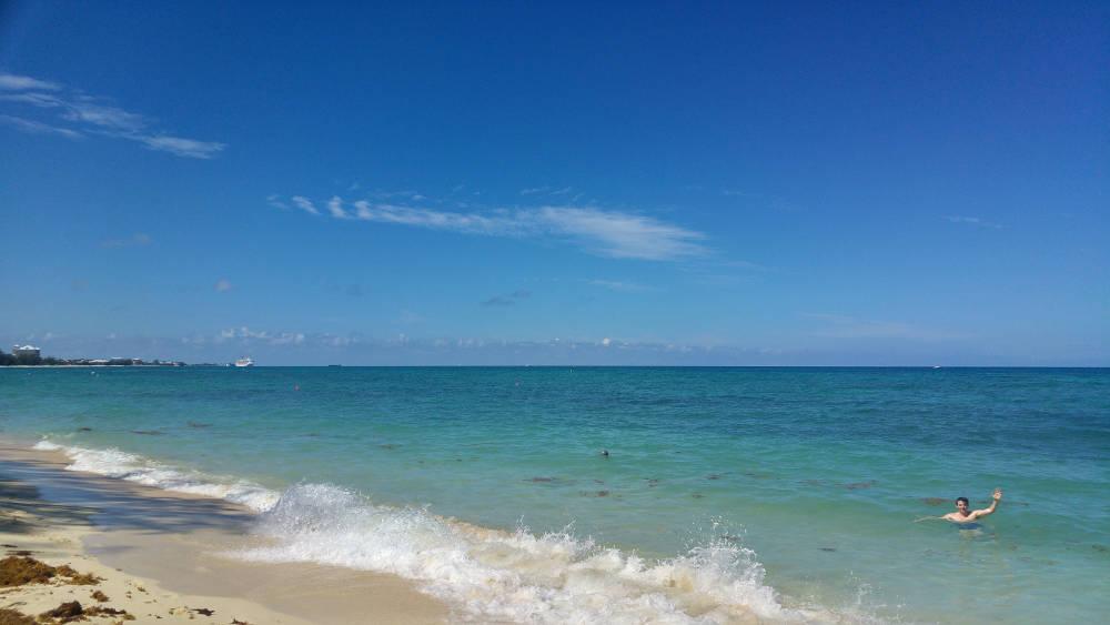 7 Mile Beach - Grand Cayman Islands