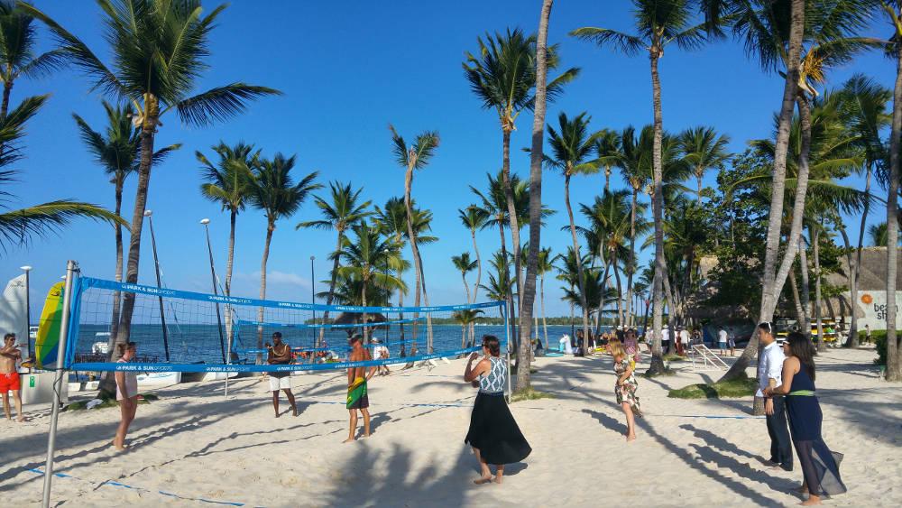 Linnie beach volley ball