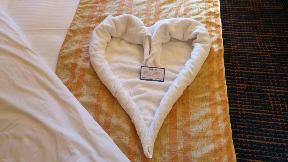 Towel love heart