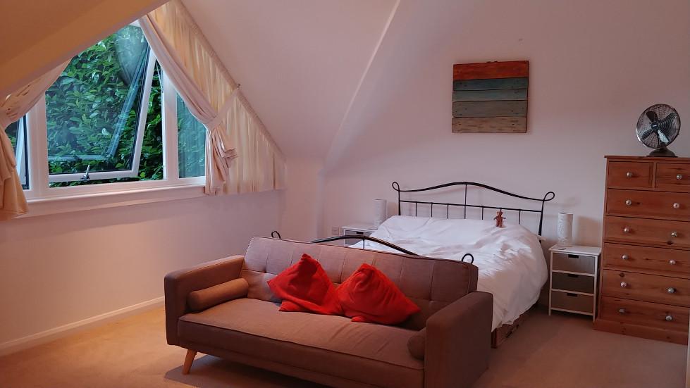 Canterbury bed