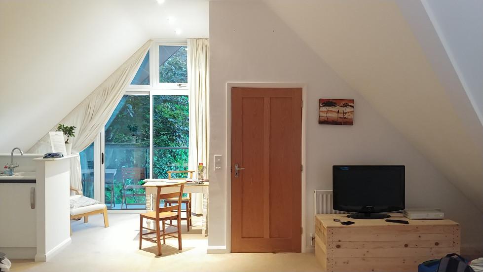 Canterbury lounge