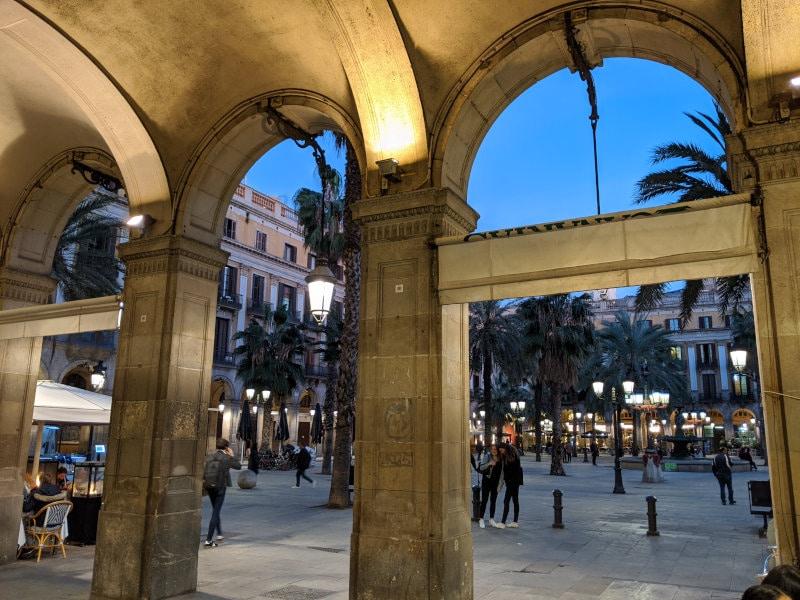 Barcelona saga plaza