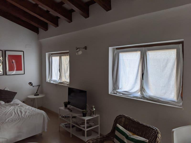 Valencia room towels